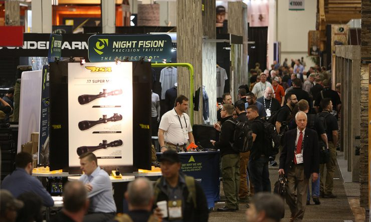 Man on the Floor - 2018 SHOT Show Day 2 - Show floor